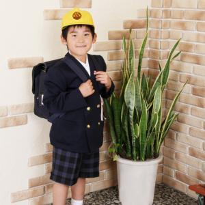 夏休みに 制服で 入学写真