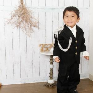 スーツの時は笑顔 松田聖子デザインスーツ