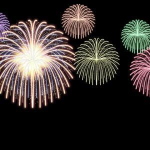 6月1日、8時から花火があがります。30発限定の5分間のショーが全国で見れます。
