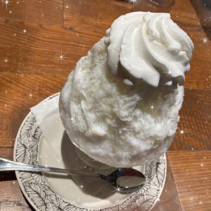 カフェでかき氷