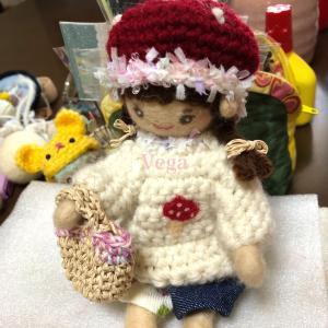 お人形さんのセーター。