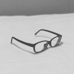 【結膜炎】どっぷりメガネ生活と自分の体を大切にするということ