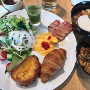 食い倒れ名古屋旅2日め①、名古屋めしバイキング〜あんかけスパゲッティ「ヨコイ」へ!