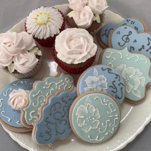 アイシングクッキー・フラワーカップケーキ-ギフトボックス