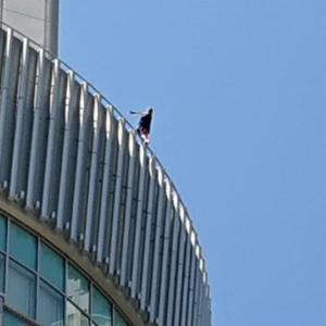 大阪沼田の女性飛び降り自殺について