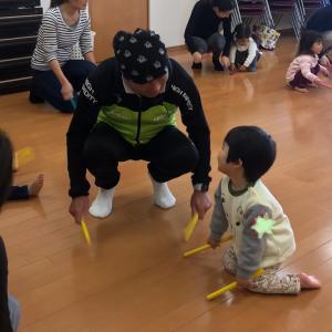 おじいちゃまともリトミック〜1歳児クラス