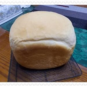 HBで食パン作り と ポーセ生徒さん作品