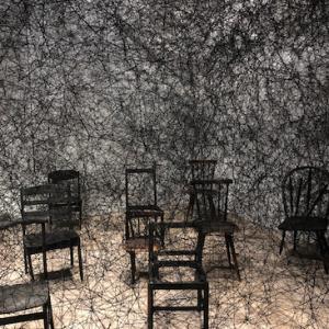 塩田千春展:魂がふるえる:森美術館