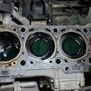 エンジン分解。。。。
