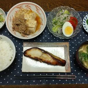 【晩ごはん】銀ひらすの塩糀漬け、牛丼からの肉豆腐。