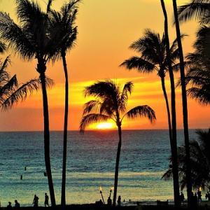 おやすみ前の音楽療法「心地よい時間」/癒しのハワイ旅行