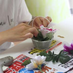 新盆に贈るお供えのお花のレッスンでした