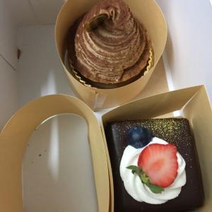 なんでもない日のケーキ と 突然のクロッシェ  (^∇^)