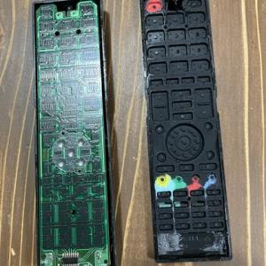 バルコニーにウッドタイルをDIY!壊れたテレビのリモコン修理!