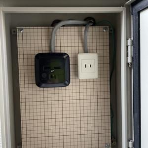 電気の不具合やり直し工事とエアコンもエラー表示が出たので