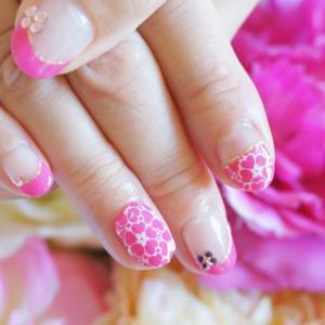 ピンク フラワーレース フレンチ ビジュー ネイル