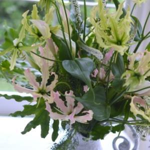 Paris Style flower Arrangement Lesson