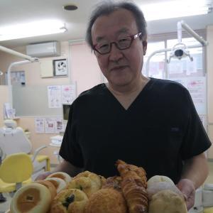 先生とパン