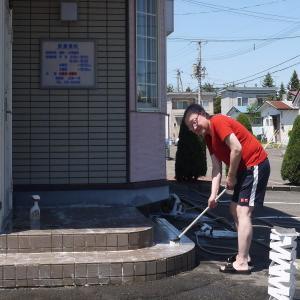 玄関掃除 Dr三浦
