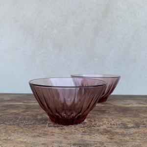 赤紫のガラス
