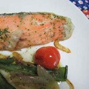 おうちご飯・鮭のポアレ