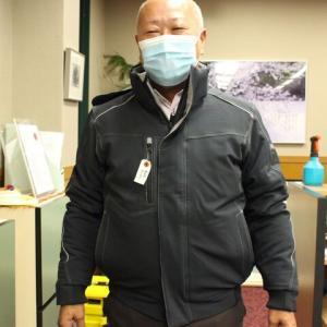 2020年秋冬新商品を持ってタカヤ商事の宮岡さんが来社。
