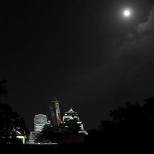「満月」と「熊本城・光のイベント」と「ラグビーワールドカップ」と盛り沢山の夜は更けて・・・。