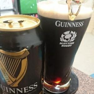 GUINNESS(スコットランドグラス)で乾杯
