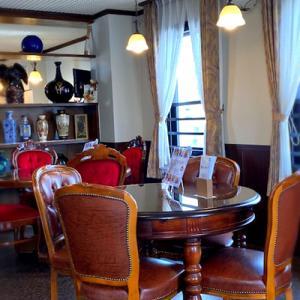 四条烏丸から京都タワーも望める喫茶そらさんの「ロコモコ丼」