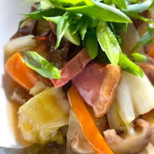 和を感じる週末お昼ご飯の「鴨肉とネギの中華丼」