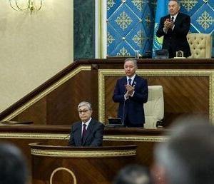 カザフスタンがウズベク等の周辺国に触手を伸ばす