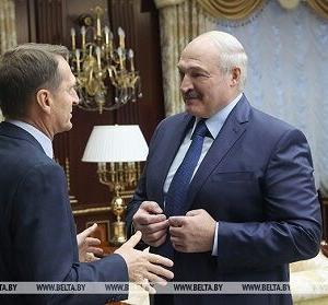 ロシアとベラルーシの食い違いを示唆する会談