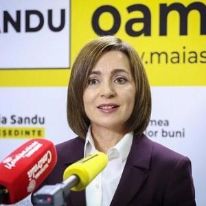モルドバ大統領選で「鉄の女」が勝利 ロシアの頭痛の種がまたひとつ
