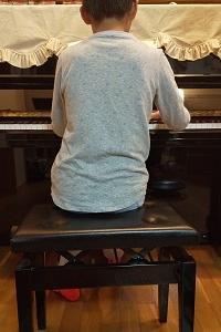マジメで勤勉なピアニスト