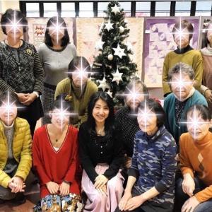作品展示会のクリスマスツリーに飾るオーナメント制作中〜!!