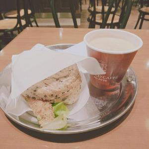 横浜駅西口のカフェ♪