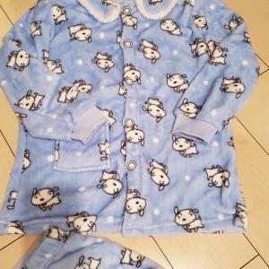 韓国のあちこちに売ってるパジャマは激安で肌触り良しで暖かい!