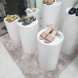 新大久保に弘大の靴屋さんの靴が売ってた!&布マスクもいっぱい売ってたぞ
