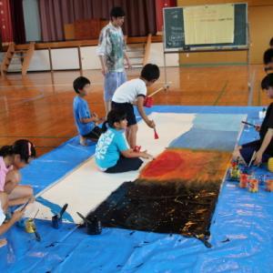 口永良部島を紹介する絵画展
