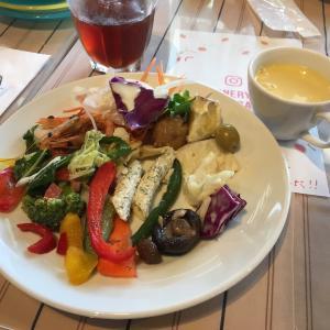 外食と陶芸