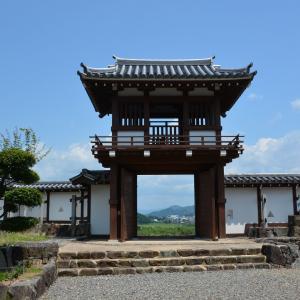いよいよ外に向かいたい 「閦」福知山城釣鐘門 狭間