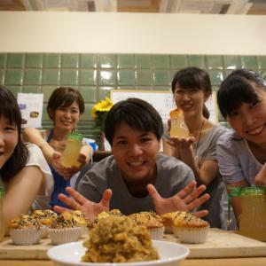【レシピ】新生姜でジンジャーシロップ、生姜味噌、カップケーキ 作り