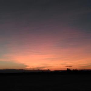 夕陽は赤く