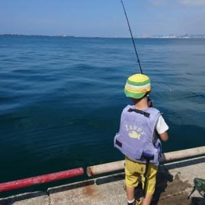 怪獣、西宮の鳴尾浜に釣りに行く