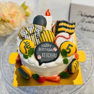 タイガースバースデーケーキとThunderbirds