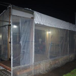 水道小屋 屋根工事 ポンプ設置 棚材カット