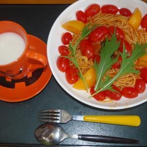 トマトたっぷりハラペーニョパスタ・・また 食べた・・やっぱ おいしいね