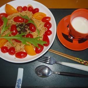 新井山耕平さんとランチ・・・トマトたっぷりハラペーニョパスタはおいしいワン