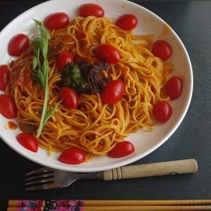 トマトたっぷりハラペーニョナポリタンパスタ・・・美味しいワン