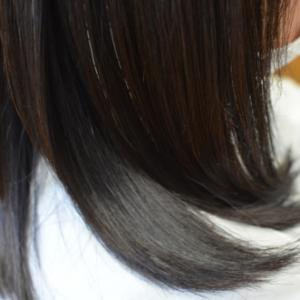 毛先を超自然に動くように矯正する方法